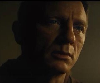 Daniel Craig stars in new 'Spectre' trailer