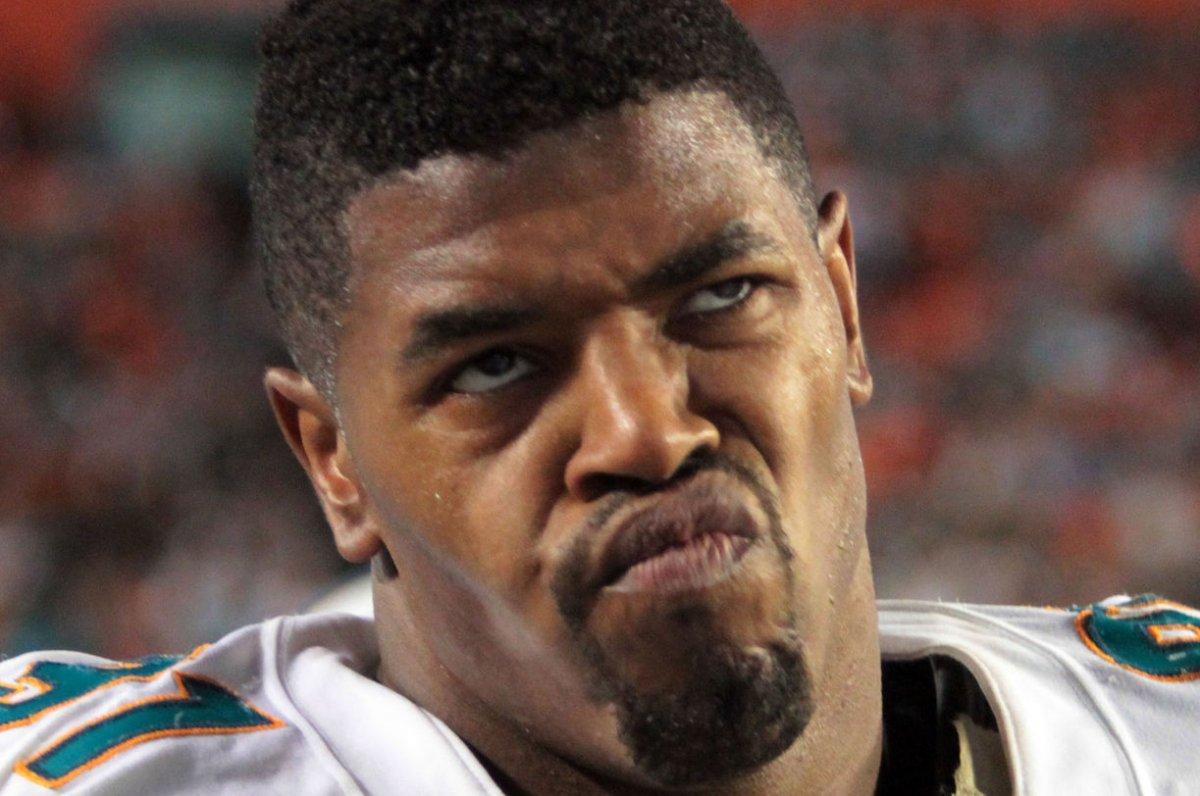 Miami Dolphins DE Cameron Wake leaves with Achilles injury UPI