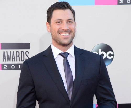 Maksim Chmerkovskiy has surgery to repair calf injury