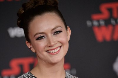 Billie Lourd sends love to grieving fans on Christmas