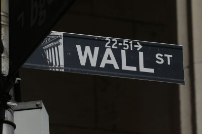 U.S. markets claw back after volatile trading Friday