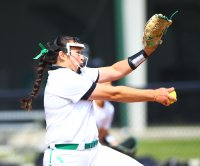 North Texas softball pitcher Hope Trautwein has 21-strikeout perfect game