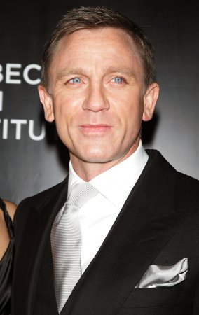Release of 007 flick delayed indefinitely