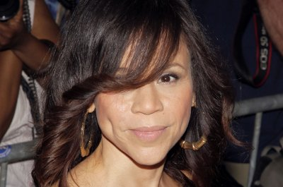 Rosie Perez's play opens and she returns to 'The View'