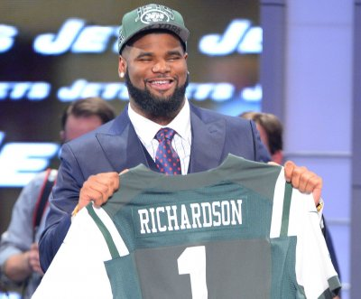 New York Jets' Sheldon Richardson charged in high-speed chase