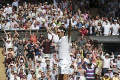 Wimbledon 2016: Down 0-2, Roger Federer rallies into semifinals