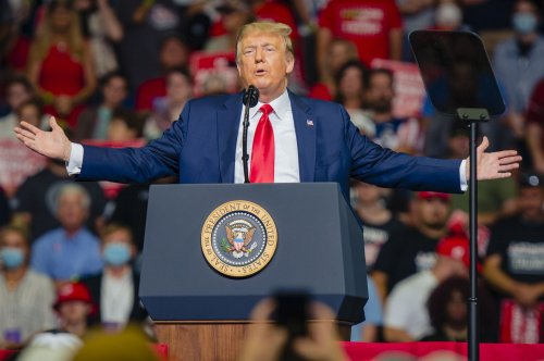 Trump to host an outdoor rally in New Hampshire on Saturday