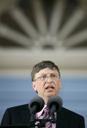 Bill Gates punches clock for last time