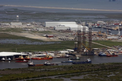 EIA: 'Modest' benefits from LNG exports