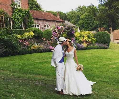 Guy Ritchie marries model Jacqui Ainsley