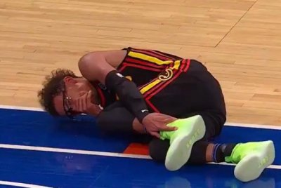 Hawks guard Trae Young suffers left ankle sprain vs. Knicks