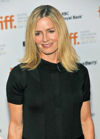 Elisabeth Shue joins 'CSI' cast