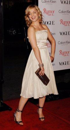 Suvari, Modine sign up for Lifetime movie
