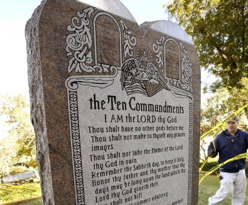 Oklahoma Supreme Court denies rehearing, again orders removal of Ten Commandments statue