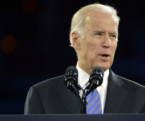 Biden sides with Bernie; says he prefers Sanders' big ideas to grow Dem party