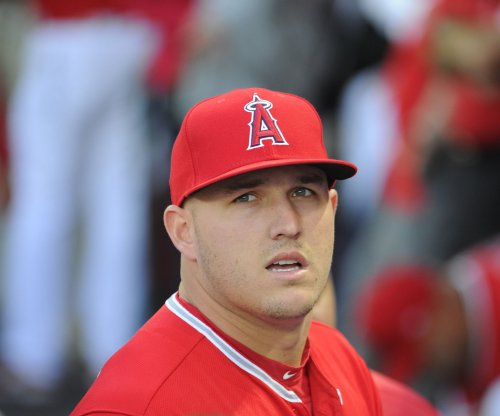 Los Angeles Angels rally to beat Houston Astros