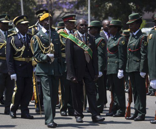 Zimbabwe army declares it is 'targeting criminals' in capital