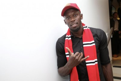 Usain Bolt says he discussed playing with Manchester United