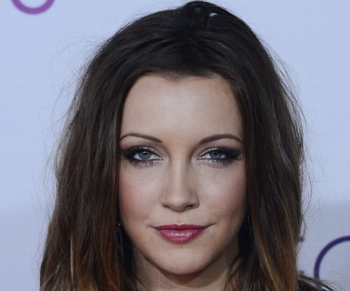 Katie Cassidy 'thrilled' to portray Black Canary on 'Arrow'