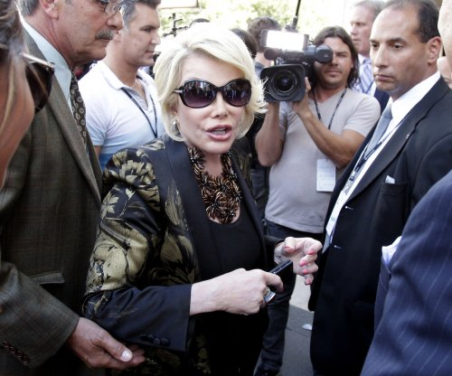 Joan Rivers omitted from In Memoriam reel during Oscars