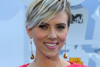 Scarlett Johansson earning equal pay for 'Avengers'