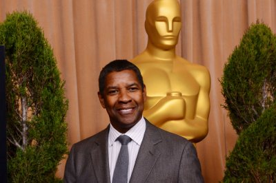 Denzel Washington to receive top honor at the Golden Globe Awards