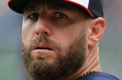 Chicago White Sox considered boycotting game to support Adam LaRoche