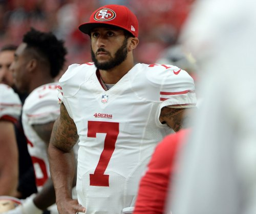Chip Kelly treats backups Colin Kaepernick, Austin Davis like backups
