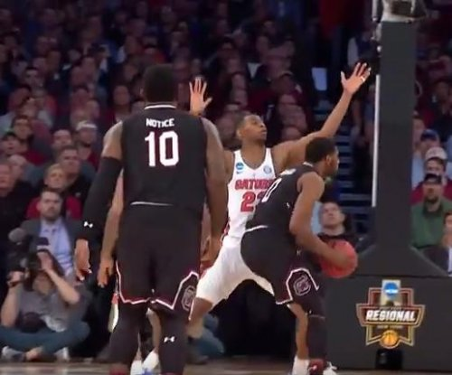 South Carolina defeats Florida for first Final Four berth