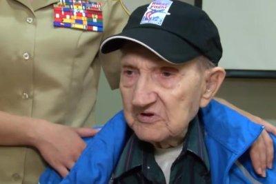 D-Day Army paratrooper Henry Ochsner dies at 96