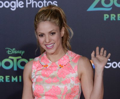 Shakira preps for Super Bowl halftime show: '10 days'