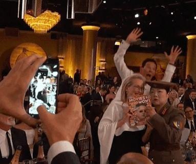 Benedict Cumberbatch photobombs Meryl Streep at the Golden Globe Awards
