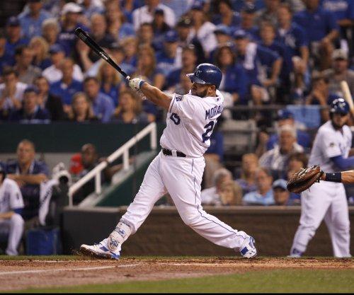 Kendrys Morales' 13th-inning homer lifts Kansas City Royals over Atlanta Braves