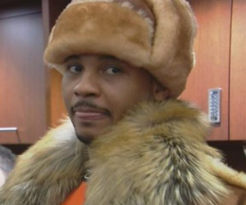 New York Knicks' Carmelo Anthony memed for fur-ocious outfit