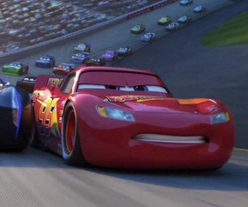 'Cars 3': Lighting McQueen faces retirement in new trailer