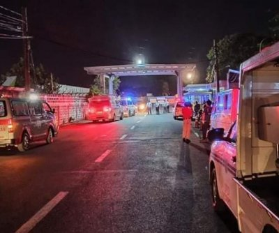 Plane carrying medical personnel, supplies crashes in Philippines; 8 dead