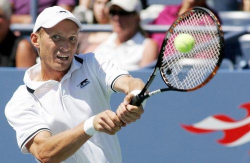 Ferrer ousted, Nadal wins at Barcelona Open