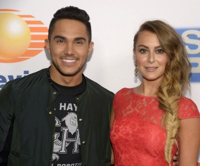'Dancing With the Stars': Alexa PenaVega earns first perfect score of the season