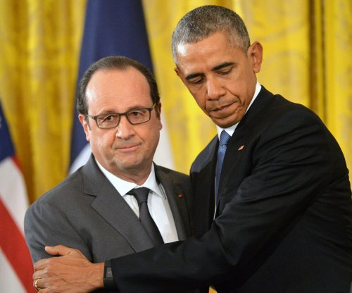 Obama, Hollande call on Russia to focus on Islamic State in Syria