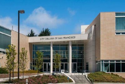 San Francisco to offer free community college tuition
