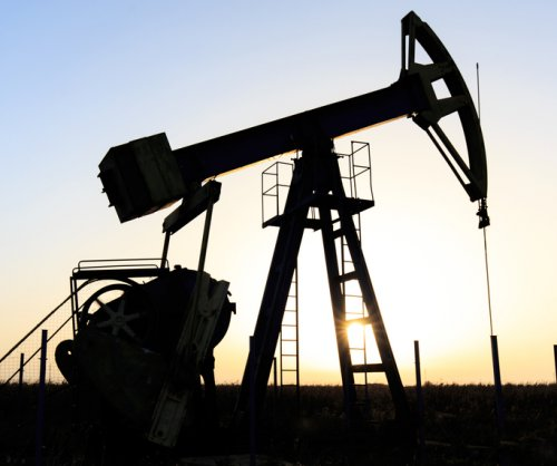 Texas oil production in February increased slightly from last year