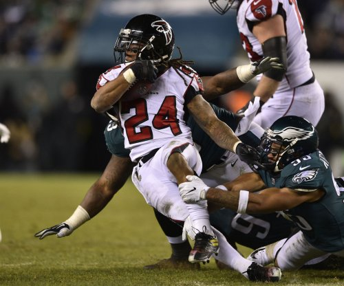 Notebook: Falcons RB Freeman upbeat after second opinion