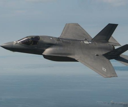 Lockheed awarded $302M for F-35 equipment