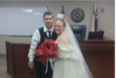 Car wreck kills Texas newlyweds shortly after ceremony