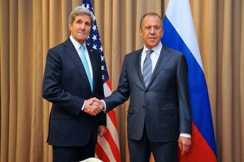 EU, Ukraine, U.S. and Russia come together for de-escalation talks