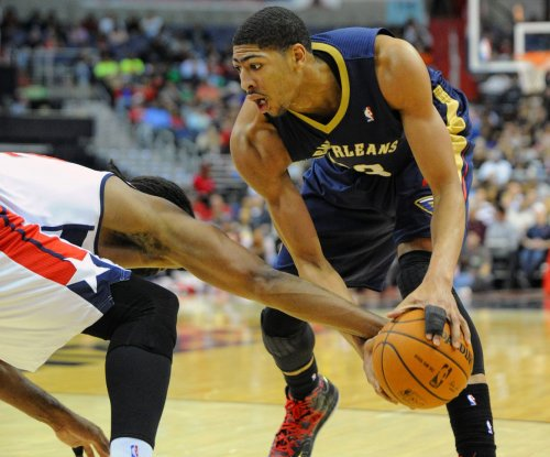Anthony Davis leads New Orleans Pelicans into Indiana