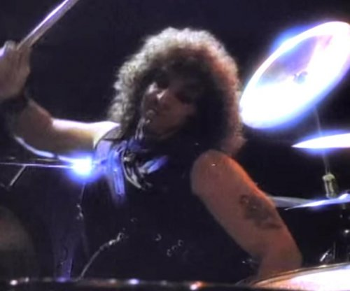 Twisted Sister drummer A.J. Pero dies at 55