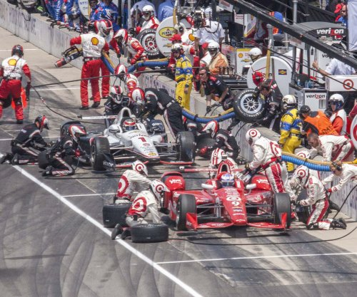 Dale Coyne Racing crewman injured in pit-road accident in Indy 500