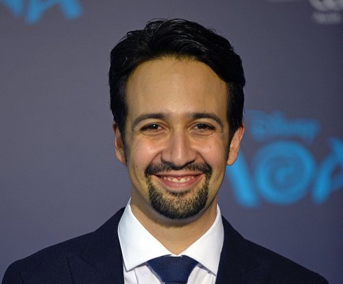 Photo shows Lin-Manuel Miranda on the set of 'Mary Poppins Returns'