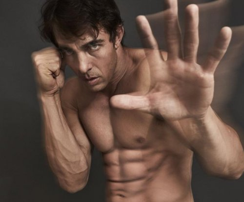 Boxing film 'Gun' throws real punches, uses real fighters